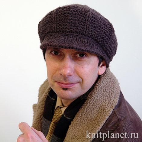Мужская вязаная кепка спицами, описание