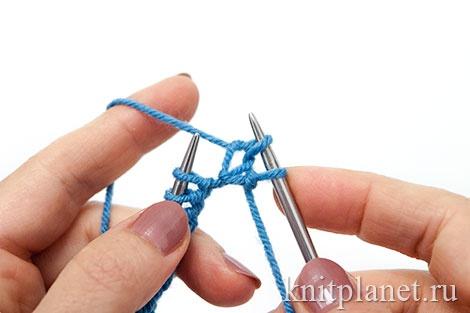 Уроки вязания спицами для начинающих, часть 7. Лицевая петля вторым способом