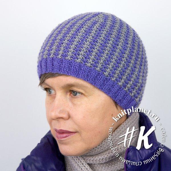 Женская шапка спицами на весну