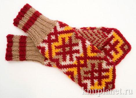 Женские рукавички с северным орнаментом маленького размера