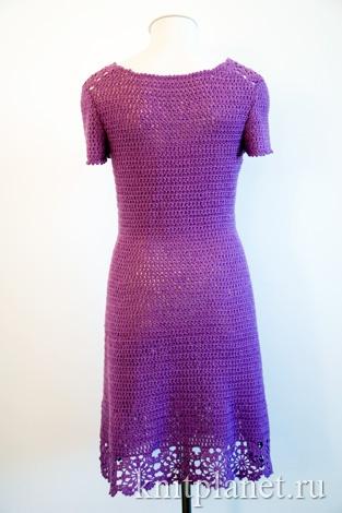 Платье крючком, вид сзади