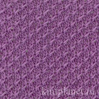 Узор мелкой вязки с обхватывающими петлями