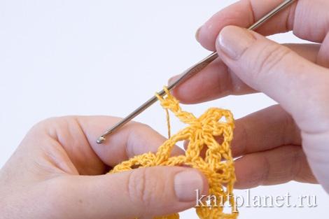 Безотрывное вязание крючком цветка, первый лепесток