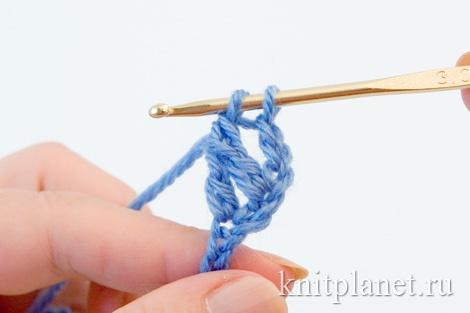 Скрещенный столбик с одним накидом, техника вязания, этап 6