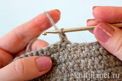 Вязание пятки тапочки крючком. Первый столбик в укороченном ряду вяжем в первую петлю.