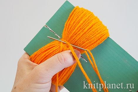 Как сделать помпон из ниток для шапки