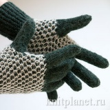 Перчатки спицами узором соты