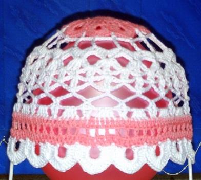 Например, из пряжи...  Летняя шапочки для девочки.