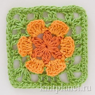 Квадратный мотив крючком № 3 - Квадратный мотив крючком, цветок с объемными лепестками. Этот мотив подойдет для вязания пледов, подушек, сумочек.